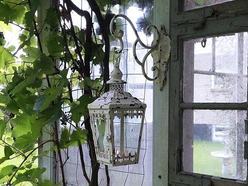 Chic Antique - Gl. Lanterne m. vægophæng