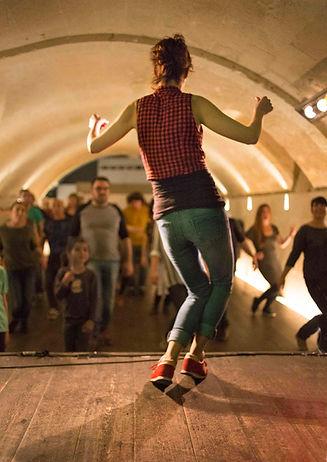 Gemma Moll classes de swing lindy hop a Menorca