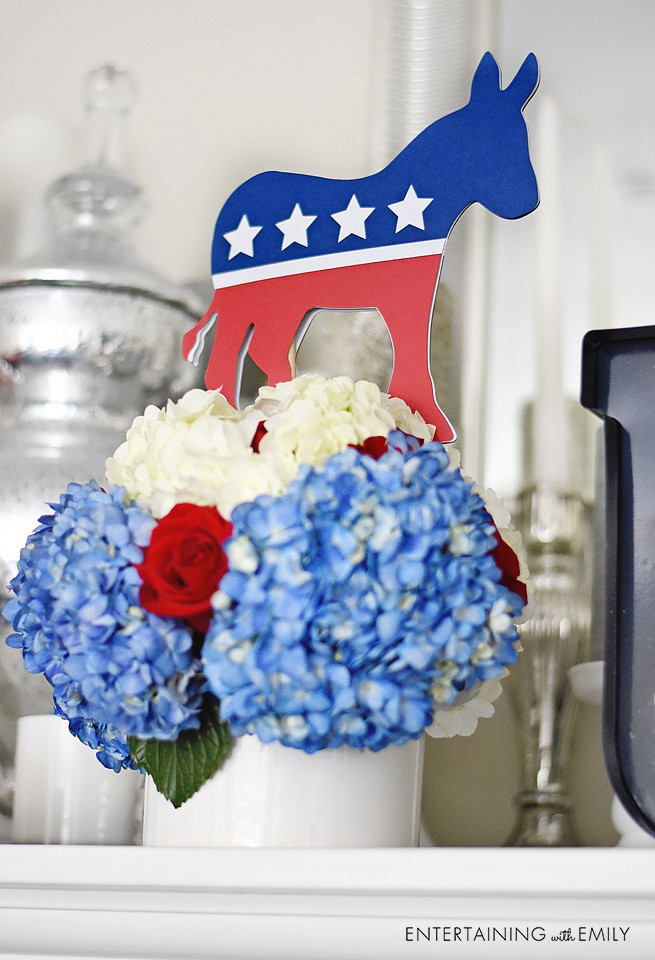 Democratic Centerpiece