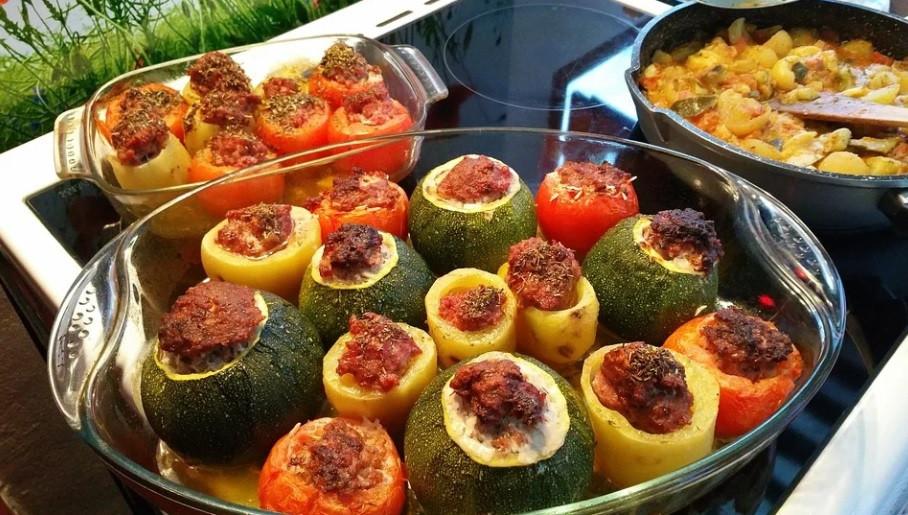 Plat de légumes farcis