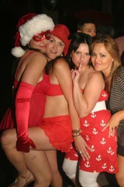 Red Xmas 15 Dec 06