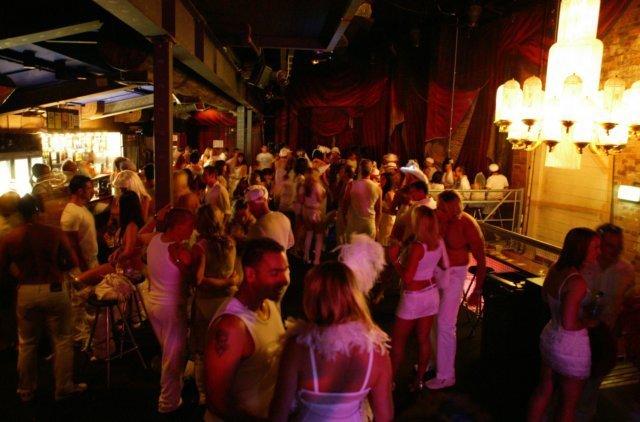 White XXXmas - Sydney 20-Dec-08
