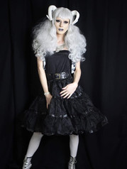 Willow Heishii white hair.JPG.jpg