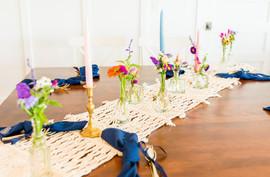 Simple and Elegant Table Arrangement