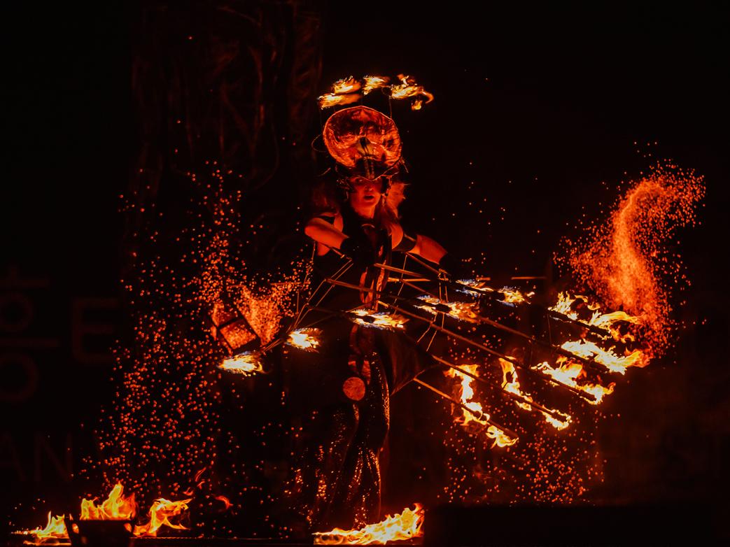 Firearts_Flamingfire Team_21