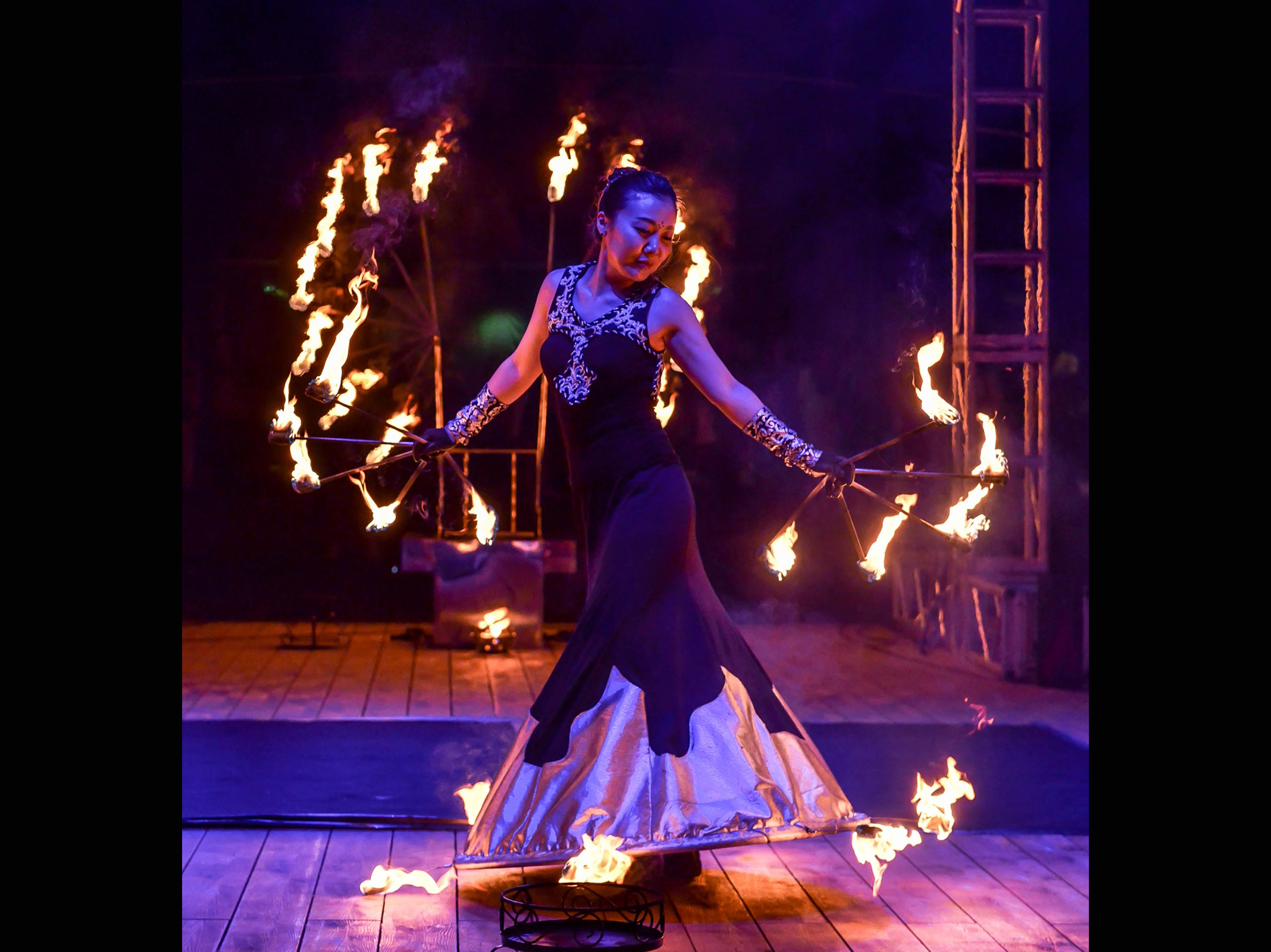 Fire Arts_Flaming Fire team_yoony k  (5)