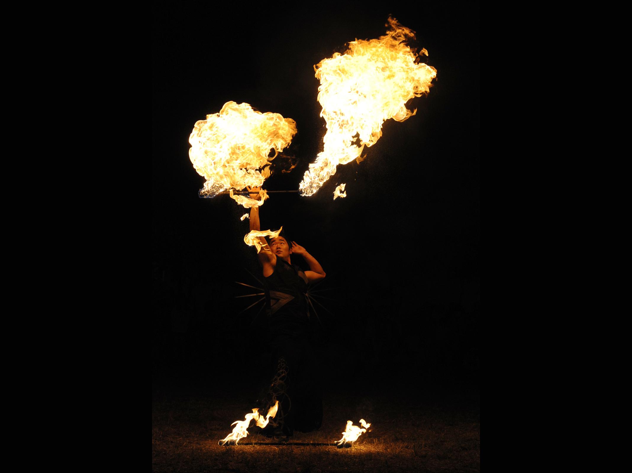 Fire Arts_Flaming Fire team_leeroy (5)