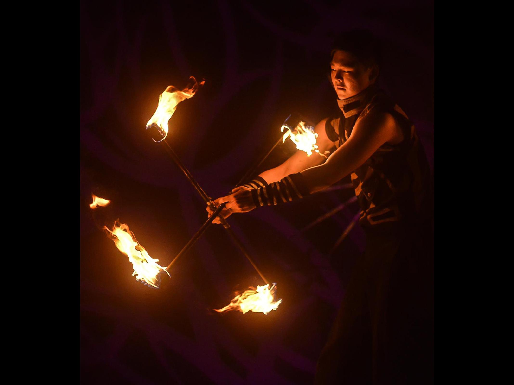 Fire Arts_Flaming Fire team_hunyflow (3)