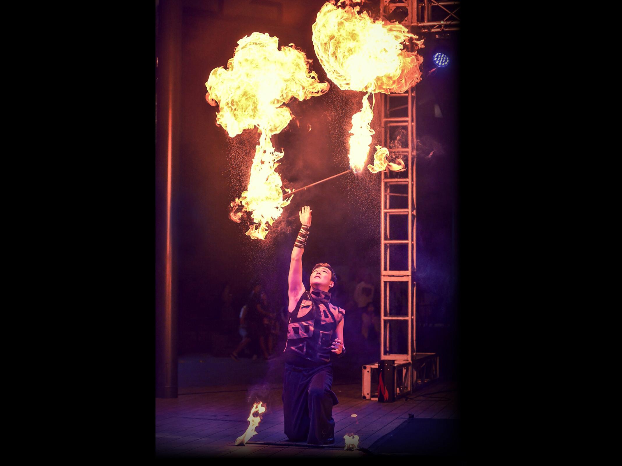 Fire Arts_Flaming Fire team_hunyflow (2)