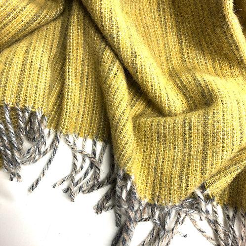 Decke Björk Dusty Yellow