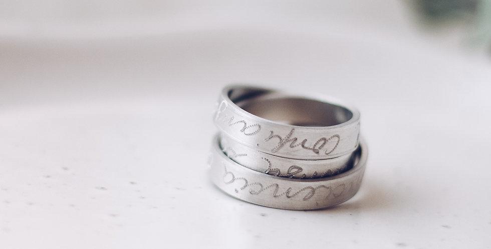 Evolution Love Ribbon Ring