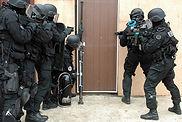 police porte.jpg