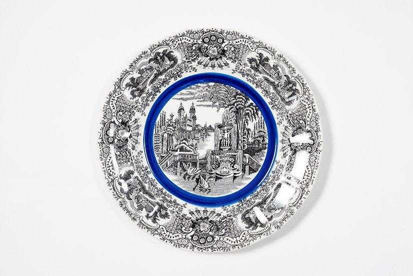 LA CARTUJA DE SEVILLA BY AARON STEWART - Dinner Plate