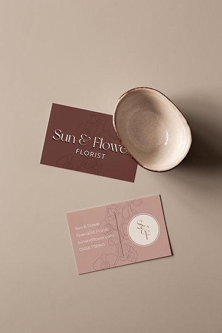 sun-and-flower-florist-business-card-des