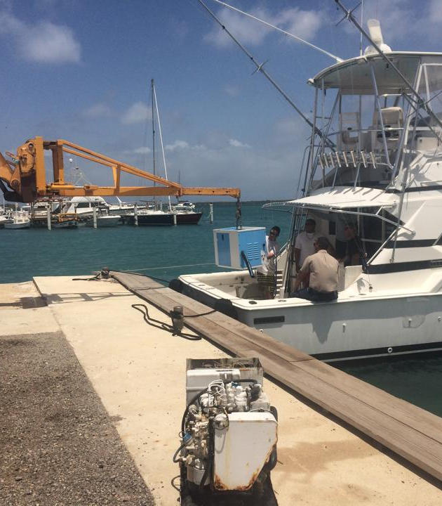 Aruba boatyard - engine work
