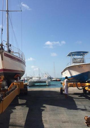 Aruba boatyard