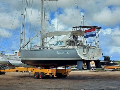 We mean Security at Varadero Aruba Marina & Boatyard!