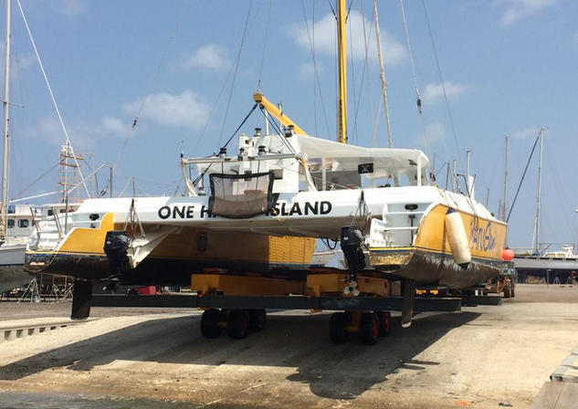 Aruba boatyard - big catamaran