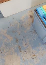 Salon floor
