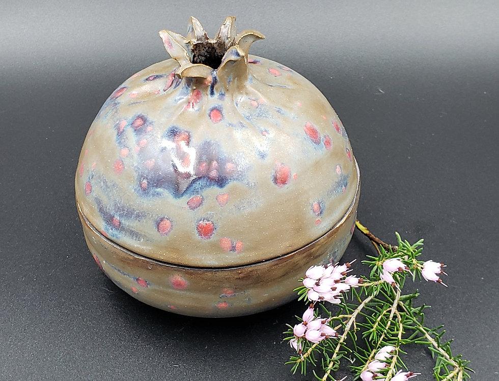 Brown w/ speckle pomegranate box