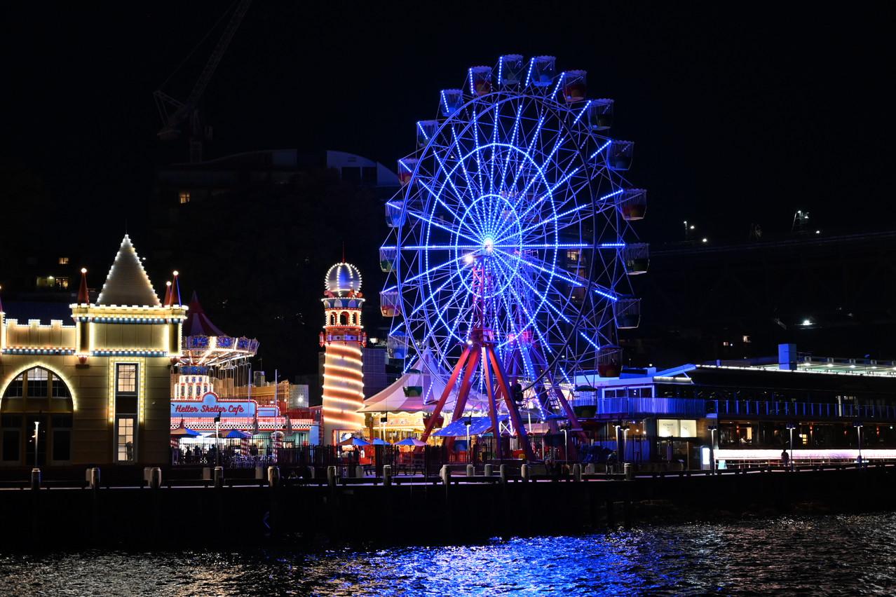 Luna Park at night