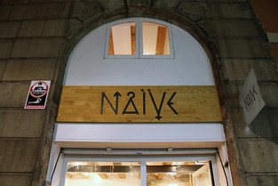 Naïve Art shop