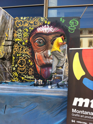 Live Painting in the Market
