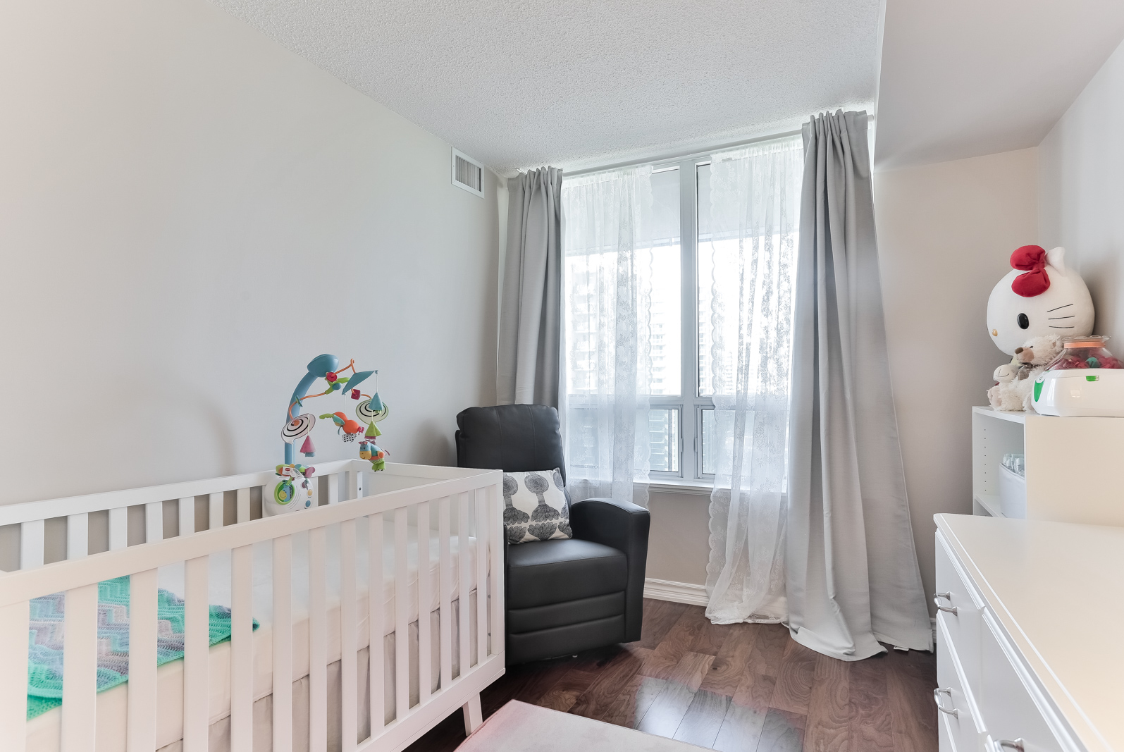 35 Finch Ave E, Unit 1212