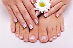 Pedicure/Manicure