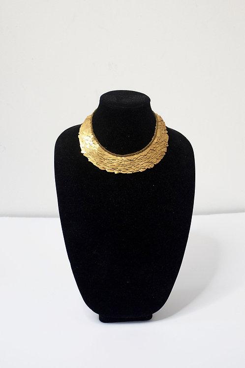 PATVA CHOKER GOLD