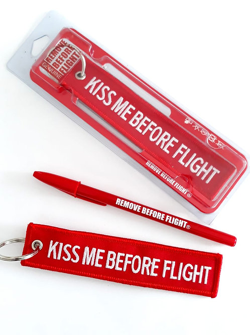 Llavero Kiss Me Before Flight