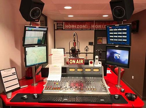 studio radio3.JPG