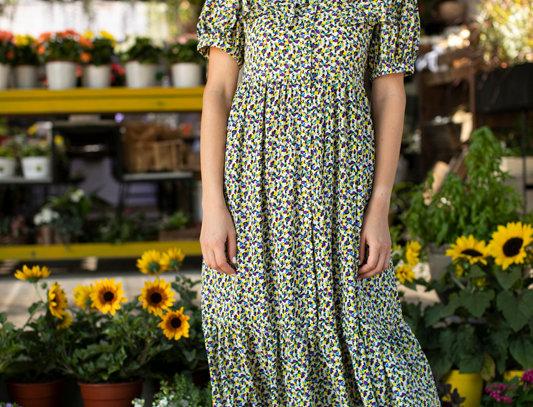 Green flowers collar dress