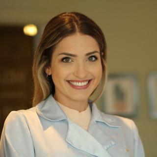Dra. Natalia Teixeira