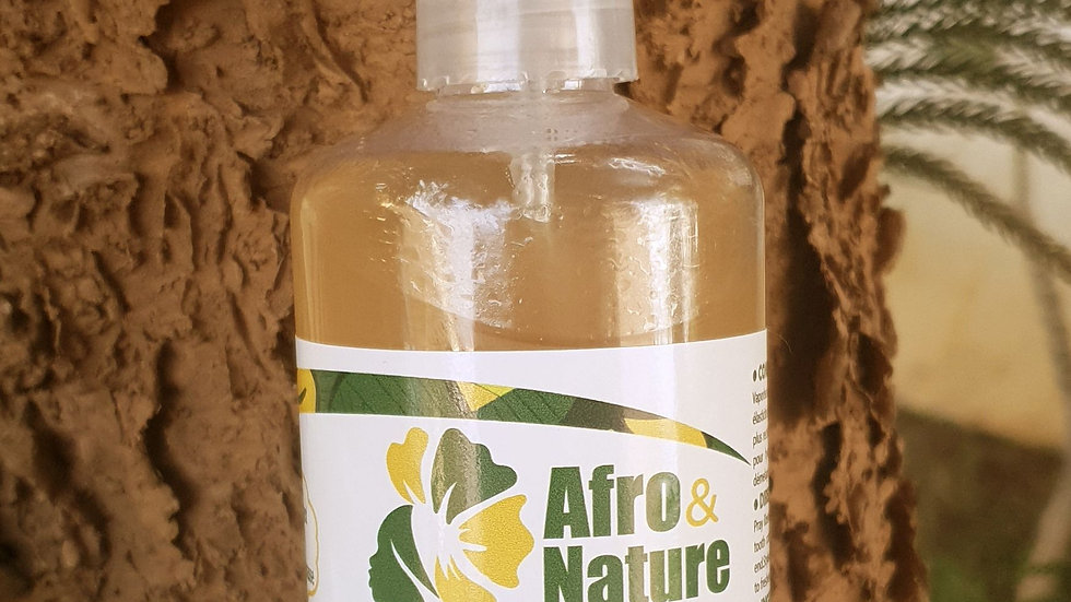 Hydrating spray with guava hydrosol parsley and Indian powders