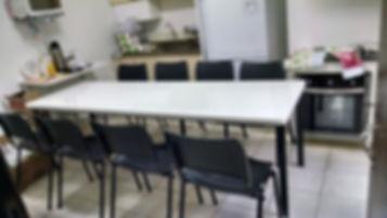 Monobloco com cadeiras.jpg