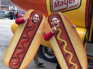 PHOTOS:  Weinermobile (and weiner dogs, too!)