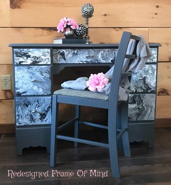 Grey Swirl Desk w/Chair