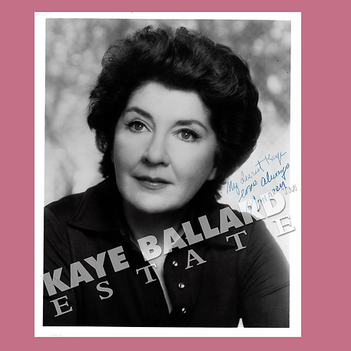 Maureen Stapleton, signed black & white photo