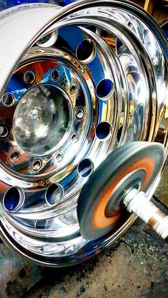 machine rim polishing
