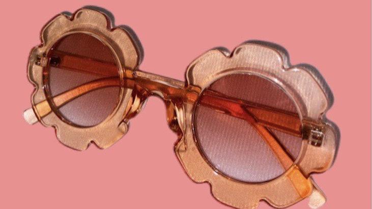 """Just Peachy"" Sunglasses ✨"
