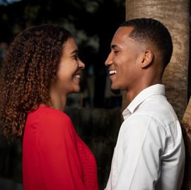 Should A Senior Date A Freshman In College?