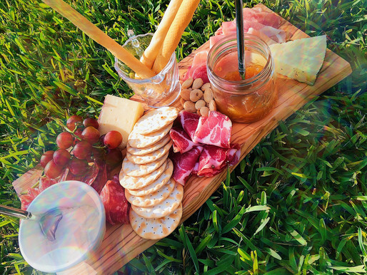 A Guide To Making A College Friendly Charcuterie Board