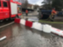 DEMO Floodstop und Doppelkammerschlauch I Mobiler Hochwasserschutz Schweiz I vogt tools