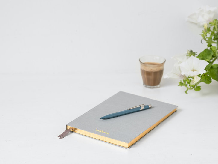 bookblock-JPHPdqZrB3I-unsplash.jpg