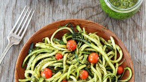 Zucchini noodles with basil and parsley pesto