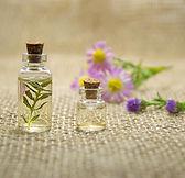 essential-oils-2884618_1920.jpg