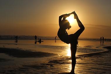 Zenergy 4 Life yoga meditation king dancers pose eve isambourg