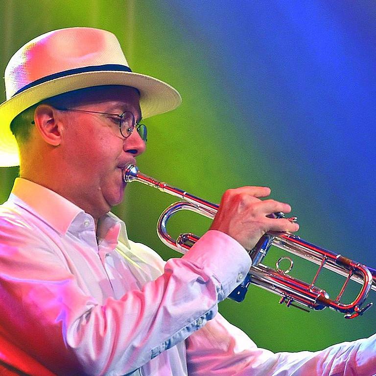 """Adriano Jazzin' DJ """"Jazz & More"""""""