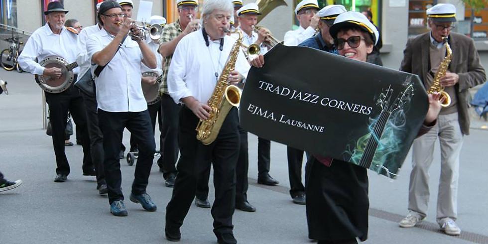 Trad Jazz Corners New Orleans Parade